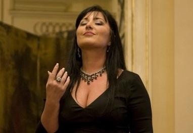 Elena-Mosuc-Amici-della-Scala-20111-382x574