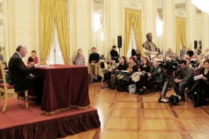 """Quirino Principe davanti al pubblico di """"Prima delle prime"""", 21 novembre 2011"""