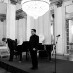 Il tenore Piero Pretti e il M° James Vaughan